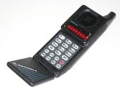MicroTAC flip-phone
